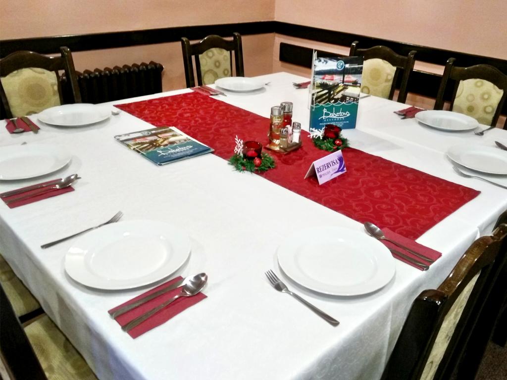 Enterijer restorana Babatovo